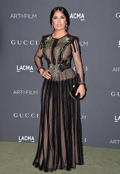Salma hayek doesn 39 t get much hotter pinterest - Belle lily costumi da bagno ...