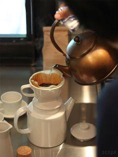 iittala (イッタラ) / Teema (ティーマ) ティーポット Finland, Tea Pots, Kitchen Appliances, Ceramics, Canning, Coffee, Tableware, Products, Backgrounds