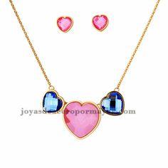collar y aretes de corazon rosa con cristal de dorado en acero-SSNEG1092934