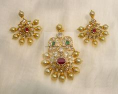 pendant with ear rings set