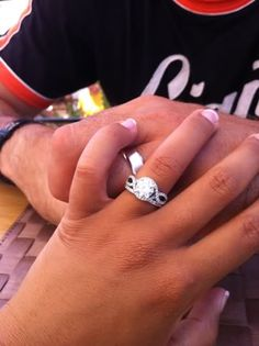 Celebrity Engagement rings - Tamera Mowry. I saw her ring and now I want it so badly. <3