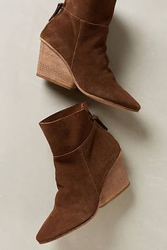 Matisse East Booties - love the shape of these booties, and the colour...yum.
