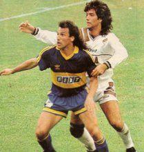 29/03/92 ||Boca 2 - Platense 0|| Debutó @MarcicoBeto, quien supo entrar y quedar en el corazón del hincha con huevo y amor por la Azul y Oro