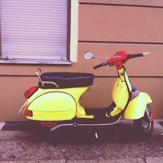 vintage Vespa in Berlin