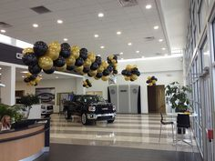 Buick Saints - Balloon Man LLC #eventballoons -   Color schemes are chosen to match holiday's, seasons, dealership and promotional colors, or any other choices at your request. Some customers prefer to stay with a specific color combination all the time, or only vary it for major holidays. It is up to you!