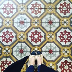Thinking Of Brussels. #ihaveathingwithfloors#ihavethisthingwithtiles#ihavethisthingwithfloors#carrelage#feet#floor#fromwhereistand#igers#instacool#lookyfeets#lookingdown#selfeet#shoefie#singaporegypsy#shoespaper#tiles#tiletuesday#tileaddiction#viewfromthetop#picoftheday#photooftheday#paris#throwback#chanel#ihavethisthingwithcolour#livecolorfully by singaporegypsy