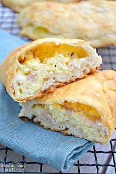 Ham, Egg & Cheese Breakfast Pockets