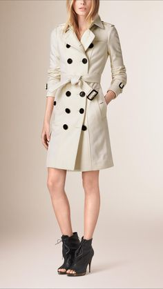 Sandringham Fit Cashmere Trench Coat   Burberry