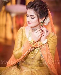 Bride of the day diaries . Bookings open for 2018 call or WhatsApp 92 333 5916771 92 333 Kindly inbox us for our updated packages Detail. Wedding Day Wedding Planner Your Big Day Weddings Wedding Dresses Wedding bells Latest Bridal Dresses, Bridal Mehndi Dresses, Pakistani Wedding Outfits, Pakistani Wedding Dresses, Punjabi Hairstyles, Bridal Makeover, Mehndi Brides, Bride Portrait, Bridal Pictures