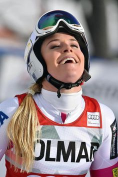 Lindsey Vonn smiles after winning an alpine ski, women's World Cup downhill in Cortina d'Ampezzo, Italy, Sunday, Jan. Lindsey Vonn won a downhill Sunday to match Annemarie Moser-Proell's record of 62 World Cup wins Lindsey Vonn, Alpine Skiing, Women's World Cup, Year Old, Sunday, Racing, Italy, Running, One Year Old