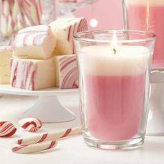 Just Desserts, kynttiläpurkki 29,90€/kpl paloaika 35-55h Kuvassa vaahtokarkki & piparminttu, muita tuoksuja: Ananaskakku ja Sitruunalime macaron Shop online: www.tanjasavela.partylite.fi
