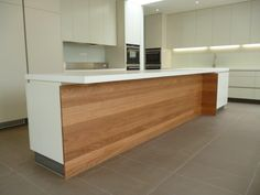 Modern / Contemporary Kitchen. www.summitkitchens.com.au.