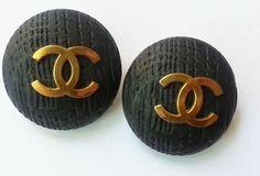 Authentic Vintage Chanel Scratch Classic CC BIG Clip Earrings $298