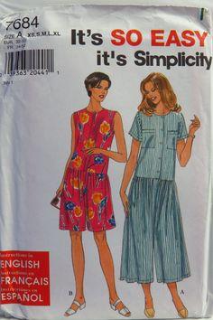 Simplicity 7684 Misses'/Miss Petite Romper