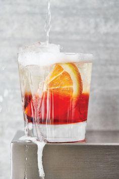 Easy Cocktail Recipe: Negroni Sbagliato