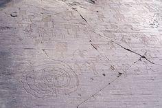 Labirinto, armati e figure di paletta - Naquane R 1 - Capo di Ponte - Labyrinth - Wikipedia, the free encyclopedia