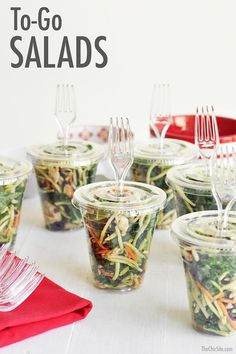 The Chic Site - This would be a fun way to serve salads at a backyard party. - The Chic Site - This would be a fun way to serve salads at a backyard party. The Chic Site - This would be a fun way to serve salads at a backyard par. Bbq Party, Snacks Für Party, Party Appetizers, Party Salads, Make Ahead Cold Appetizers, Salad Bar Party, Lunch Party Ideas, Light Lunch Ideas, Individual Appetizers