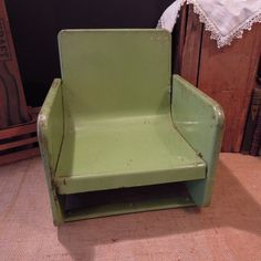 Vintage Industrial Green Metal Chair / Retro by Tinastinytoddlers
