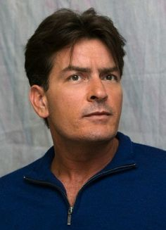 Charlie Sheen Hintergrund probably containing a headshot in The Charlie Sheen Club Two And Half Men, Half Man, Hot Actors, Actors & Actresses, Kehinde Wiley, Charlie Sheen, Beauty Hacks, Beauty Tips, Celebs