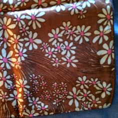 "Vintage Scarf or Head Cover or Scarf 22""x22""  Silk Vintage Scarf or Head Dress.  Great Condition (P7)"