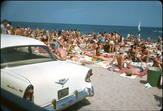 vintage everyday: Wonderful Color Slides Document Everyday Life at Beaches in Florida during the 1950s