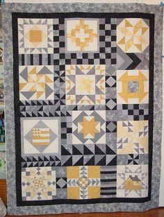 civil war quilt w/ modern aesthetic Interesting way to set a sampler quilt. Cute Quilts, Lap Quilts, Patchwork Quilting, Quilting Projects, Quilting Designs, Quilting Ideas, Sewing Machine Quilting, Hand Quilting, Modern Quilt Blocks
