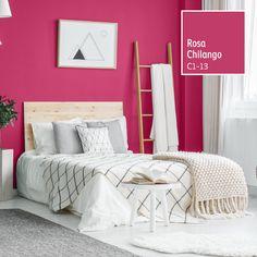 Llénate de energía con colores que te harán vibrar. Descubre el Rosa Chilango. Home Bedroom, Bedroom Decor, Pink Accent Walls, Bedroom Color Combination, Girls Room Paint, Living Room Tv Unit, Bedroom Wall Colors, New Room, Modern House Design