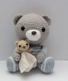 Squee! A teddy bear with a little teddy bear!! Amigurumi Crochet Pattern Haribo the Bedtime Bear by littlemuggles, $5.00 by Carmen Williams YmhTc