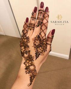 Sarah Zia Design в Instagram: «| Flower shading inspired by my favourite @bharathi_sanghani_mehndi |» Modern Henna Designs, Henna Tattoo Designs Simple, Finger Henna Designs, Henna Art Designs, Mehndi Designs 2018, Mehndi Designs For Girls, Mehndi Design Pictures, Bridal Henna Designs, Mehndi Designs For Fingers
