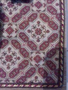 Beaded Embroidery, Cross Stitch Embroidery, Cross Stitch Patterns, Embroidery Designs, Stitch 2, Knitting Needles, Needlepoint, Needlework, Bohemian Rug