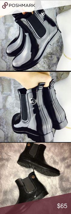Michael Kors short rain boots Michael Kors MK short black rain boots - size 10 KORS Michael Kors Shoes Winter & Rain Boots