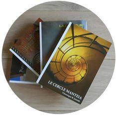 La plume d'Isandre – LIRE, ECRIRE, VOYAGER, DECOUVRIR, PARTAGER Roman, Bookends, Blog, Reading Practice, Feather, Livres, Blogging