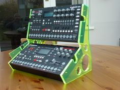Massive! Studio Equipment, Audio, Music Instruments, Musical Instruments