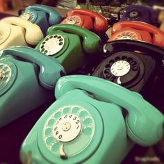 Retro phones-might have to hit up my dad see if any old ones still lying about :)
