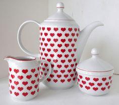 Red heart teapot