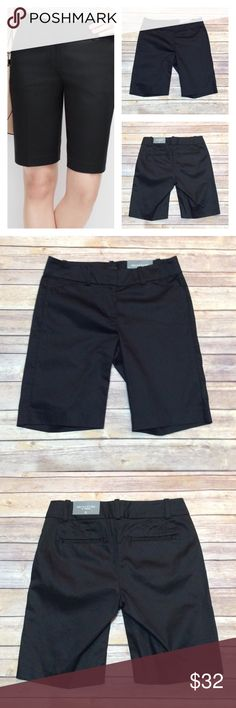 """Ann Taylor Signature Fit Bermuda Shorts Size 2  Ann Taylor Black Bermuda Shorts Signature Fit, Size 2. Material: 97% Cotton, 3% Spandex. Machine Wash Cold. Measurements laying flat: Waist- top of waistband 15"""", Rise: 8"""", Inseam: 10"""".  NO TRADES OR LOW BALL OFFERS PRICE FIRM UNLESS BUNDLED A4 Ann Taylor Shorts Bermudas"""