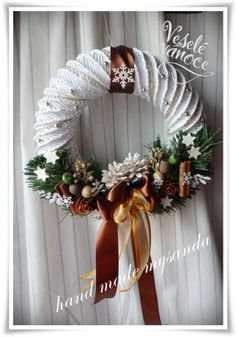 Christmas Wreaths, Christmas Decorations, Holiday Decor, Year Round Wreath, Coffee Crafts, Paper Jewelry, Basket Weaving, Grapevine Wreath, Projects To Try