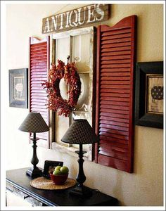 Paint old shutters and use them for wall decor in front entry. Put a mirror in the window frame. Window Frame Decor, Shutter Decor, Rustic Window Decor, Display Window, Room Window, Red Rustic Decor, Rustic Window Frame, Rustic Americana Decor, Americana Crafts