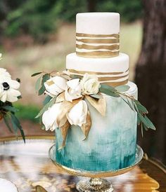 wedding cakes inspiration Perla wedding cakes Johannesburg - Wedding Cake Inspiration Best Picture For wedding cakes lace For Your Taste You are looking for something, and it is going Beautiful Wedding Cakes, Perfect Wedding, Beautiful Cakes, Amazing Cakes, Watercolor Wedding Cake, Gold Watercolor, Watercolor Design, Wedding Cake Bakery, Naked Cakes