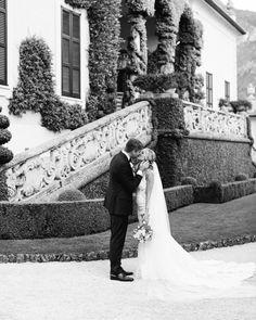 216 отметок «Нравится», 76 комментариев — WEDDING PHOTOGRAPHERS IN ITALY (@kirandiraphotography) в Instagram: «The perfect settings of the Villa del Balbianello for a dreamy wedding of Kaitlin and Lucas 💕…» Photographers, Villa, Italy, Wedding Dresses, Instagram, Fashion, Bride Dresses, Moda, Italia