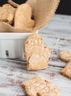 Puppy Lovin': Peanut Butter Bacon Dog Biscuits - One Sweet Mess Homemade Dog Treats, Pet Treats, Homemade Food, Dog Treat Recipes, Dog Food Recipes, Food Tips, Bacon Dog, Dog Nutrition, Puppies And Kitties