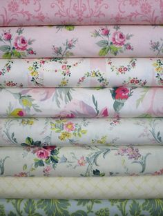 Anna Griffin, Grace, Pink/Gold in FAT QUARTERS 8 Total