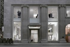 elevation of the Calvin Klein flagship store in New York. Interior by John Pawson. I like the contrast between the neo-classical facade and the minimalism of the interior. of course. New Classical Architecture, Minimalist Architecture, Classic Architecture, Architecture Design, Facade Design, Exterior Design, Calvin Klein Store, Architecture Classique, Classic House Exterior