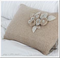 Things to make with thrift shop finds. Pillow made from old sweater.