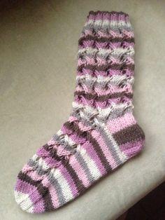 Knits, Blankets, Knit Crochet, Footwear, Socks, Leggings, Warm, Knitting, Clothes