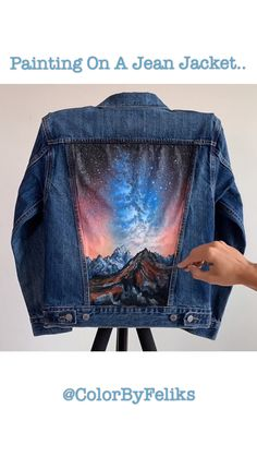 Starry Night Mountain Jacket Time-Lapse Starry Night Mountain Jacket Time-Lapse ColorByFeliks colorbyfeliksart Painting Timelapse Videos Denim jacket painted with acrylics and fabric medium available at nbsp hellip videos fabric Painted Denim Jacket, Painted Jeans, Painted Clothes, Hand Painted, Diy Clothing, Custom Clothes, Denim Kunst, Diy Vetement, Clothes Crafts