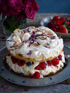 verdens beste Kværfjordkake Cupcake Cakes, Cupcakes, Cheesecake, Goodies, Food And Drink, Baking, Sweet Stuff, Ideas, Recipes