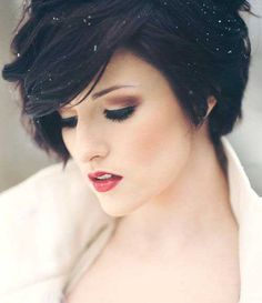 25 Short Hairstyles for Thick Hair