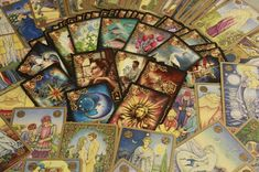 Cigánykártyák: Tarot kártya vs cigánykártya