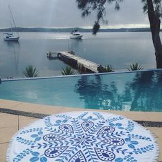 Die besten Pool-Accessoires des Sommers #roundtowel #pool #accessoire